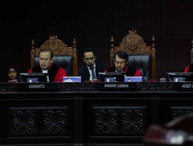 MK Tolak Gugatan soal Batas Minimal Usia Calon Kepala Daerah
