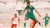 Persebaya Surabaya berhasil mengalahkan Putra Jombang 4-1 dalam laga uji coba di Stadion Gelora 10 November, Surabaya, Selasa (4/5/2021) sore. (Dok Persebaya)