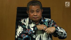 Juru Bicara Mahkamah Agung (MA), Andi Samsan Nganro memberikan keterangan terkait putusan Baiq Nuril, di Jakarta, Senin (8/7/2019). MA memahami putusan PK Baiq Nuril menuai pro-kontra namun, menolak jika putusan PK Baiq dianggap Ombudsman RI berpotensi maladministrasi. (Liputan6.com/Johan Tallo)