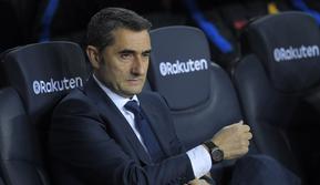 Pelatih Barcelona, Ernesto Valverde, menegaskan pihaknya saat ini hanya ingin fokus melawan Malaga di pentas La Liga, belum memikirkan laga melawan Chelsea. (AFP/Lluis Gene)