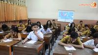 Kasus ini  bermula dari laporan tentang penggunaan dana BOS dan BOP tahun 2007,2008, dan 2009 yang tidak transparan di SMP 67 Jakarta (Liputan6.com/Herman Zakharia).