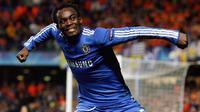 Michael Essien pernah sukses di Chelsea di bawah Jose Mourinho (AFP Photo)