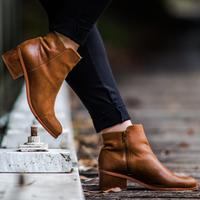 Cara Menghilangkan Bau pada Sepatu | unsplash.com