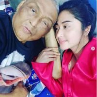 Dewi Perssik (Foto: Instagram/@dewiperssikreal)
