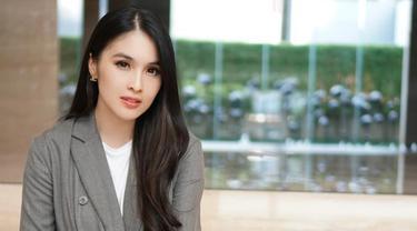 6 Potret Lawas Sandra Dewi, Sudah Cantik dan Memesona Sejak Dulu