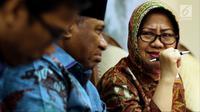 Ketua Komisi VIII Ali Taher Parasong (tengah) dan peneliti LIPI Siti Zuhro saat diskusi legislasi di Jakarta, Selasa (9/10). Bencana Sulteng menjadi tolok ukur pemerintah dimana bantuan dinilai lambat dan tidak tepat sasaran. (Liputan6.com/JohanTallo)