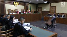 Suasana sidang terdakwa suap kepada Hakim Adhoc Tipikor PN Medan Merry Purba, Tamin Sukardi di Pengadilan Tipikor, Jakarta, Senin (11/3). Tamin Sukardi juga didenda Rp400 juta subsider enam bulan kurungan. (Liputan6.com/Johan Tallo)