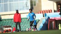 Ronaldo Kwateh siap membayar kepercayaan dari pelatih Shin Tae-yong yang memanggilnya ke Timnas Indonesia U-23. (dok. PSSI)