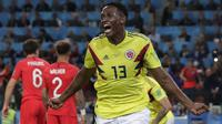 9. Yerry Mina (Kolombia) - 3 Gol. (AP/Ricardo Mazalan)