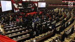 Suasana sidang Tahunan MPR Tahun 2019 di Kompleks Parlemen, Senayan, Jakarta, Jumat (16/7/2019). Sidang tersebut beragendakan penyampaian pidato kenegaraan Presiden Joko Widodo dalam rangka HUT Ke-74 Kemerdekaan Republik Indonesia. (Liputan6.com/Johan Tallo)