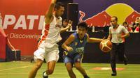 Garuda Bandung mengawali Seri III Indonesian Basketball League (IBL) 2016 dengan mengandaskan Satya Wacana Salatiga, 65-45.