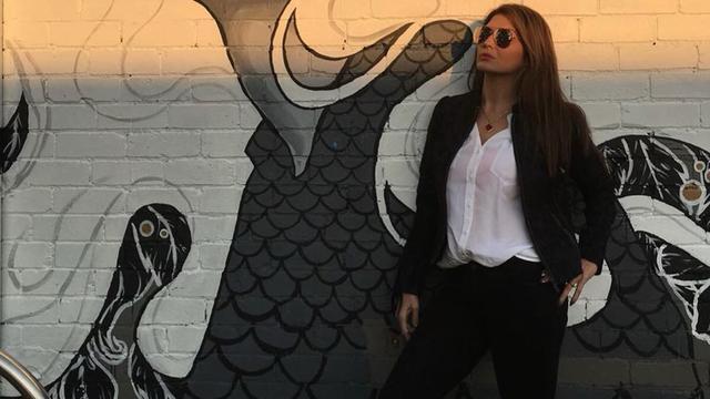 Gaya Modis Tamara Bleszynski yang Awet Muda di Usia 44 Tahun