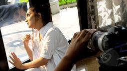 Penyanyi Ashanty menampilkan sisi sederhana saat melakukan proses penggarapan video klip untuk single terbarunya yang berjudul Sangat Berbeda di kediamannya, kawasan Cinere, Depok, Sabtu (2/5/2015). (Liputan6.com/Faisal R Syam)
