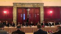 Menko Polhukam Wiranto menggelar pertemuan dengan Sekretaris Dewan Keamanan Rusia Nikolay Patrushev di Moskow, Rusia. (Dok: Kemenko Polhukam)