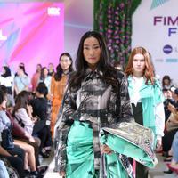 Koleksi Moral di Fimela FEst 2018. (Daniel Kampua/Fimela.com)