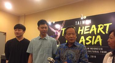 Kepala TETO John Chen mengatakan bahwa penampilan Formosa Circus Art ini merupakan misi pertukaran budaya Taiwan dan Indonesia (Liputan6.com/Teddy Tri Setio Berty)
