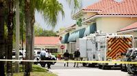 Insiden penembakan di Florida (10/6) menewaskan dua orang korban dan pelaku juga meninggal dunia. (Foto: Greg Lovett/AP)