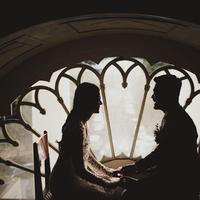 Pasangan penyanyi Petra Sihombing dan Firrina Sinatrya tengah menikmati perannya menyandang status baru. Ada salah satu kejadian lucu setelah dua hari menikah. (instagram/aquilafirrina)