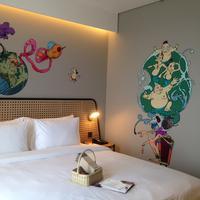 Desain salah satu kamar bertema Punakawan karya seniman Apri Kusbiantoro di lantai 7 Artotel Yogyakarta yang resmi dioperasikan Kamis, (7/12) di Artotel Jalan Kaliurang KM 5,6 No.14. (Foto: Liputan6.com/Novi Nadya)