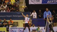 Tim voli putra Jakarta BNI 46 menundukkan Jakarta Garuda dengan skor 3-2 pada Proliga 2019 di GOR C-Tra Arena, Bandung, Minggu (23/12/2018). (Bola.com/Erwin Snaz)