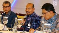 Komisaris Utama/Komisaris Independen Adrinof A Chaniago memberi keterangan pers dalam Rapat Umum Pemegang Saham Luar Biasa (RUPSLB) di Jakarta, Senin (2/9/2019). RUPSLB menunjuk Sunarso sebagai Direktur Utama Bank BRI. (Liputan6.com/Angga Yuniar)