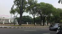 Pameran alusista dalam rangka HUT ke-76 TNI yang digelar di kawasan Istana Merdeka Jakarta berakhir, Rabu (6/10/2021). (Liputan6.com/ Muhammad Radityo Priyasmoro)