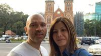 Potret Sajad Ukra dan istrinya, Medina Moesa selalu bersama. (Sumber: Instagram/@medinamoesa)