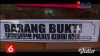 Empat anggota komplotan pencuri relief di makam Tionghoa di Kecamatan Mojoroto, Kota Kediri berhasil ditangkap polisi. Kepada polisi, para tersangka mengaku melakukan pencurian untuk memenuhi pesanan relief makam.