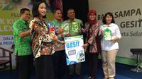 Unilever meresmikan penambahan delapan titik kumpul sampah flexible plastic di delapan kota. (Liputan6.com/Putu Elmira)