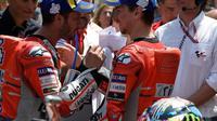 Pebalap Ducati, Andrea Dovizioso, mulai khawatir dengan kebangkitan rekan setimnya, Jorge Lorenzo di Moto GP 2018. (AFP/lluis Gene)