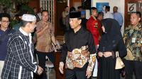 Menkopolhukam Wiranto tiba melayat ke rumah duka Presiden RI ke-3 BJ Habibie di Patra Kuningan, Jakarta, Rabu (11/9/2019). BJ Habibie wafat pada hari Rabu (11/9) di usia 83 tahun dan akan dimakamkan pada hari Kamis di TMP Kalibata setelah salat Dzuhur. (Liputan6.com/Angga Yuniar)