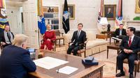 Menko Marves Luhut Binsar Pandjaitan bertemu Presiden Amerika Serikat Donald Trump di White House Washington DC pada Hari Selasa, 17 November 2020.