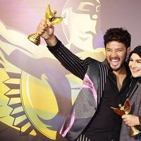 Ammar Zoni dan Irish Bella Raih Penghargaan FFI 2019. (Bambang E Ros/Fimela.com)