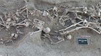 Pemakaman korban wabah Black Death atau maut hitam (Public Domain)