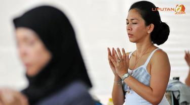 yoga-meditasi-131129c.jpg