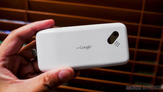 Bodi belakang HTC Dream (Foto: Android Authority)