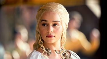 Kisah Daenerys Targaryen di Game of Thrones yang Berwajah Serius