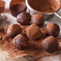 ilustrasi coklat truffle/copyright By AS Food studio (Shutterstock)