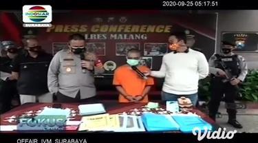 Mantan Kepala Desa (Kades) Slamparejo, Kecamatan Jabung, Kabupaten Malang, Jawa Timur ditangkap jajaran Reskrim Polres Malang terkait tindak pidana korupsi Dana Desa tahun 2017-2018.