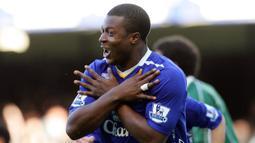 Yakubu Aiyegbeni. Pemain asal Nigeria ini membela 7 klub di Liga Inggris mulai 2002/2003 hingga 2016/2017. Ia mencetak total 96 gol. Empat klub Premier League yang dibelanya adalah Portsmouth, Middlesbrough, Everton dan Blackburn Rovers. Ia pensiun di Coventry City pada 2017. (AFP/Paul Ellis)