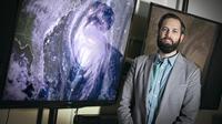 Asisten profesor di School of Marine and Atmospheric Sciences di Stony Brook University, Kevin Reed. Kredit: Stony Brook University