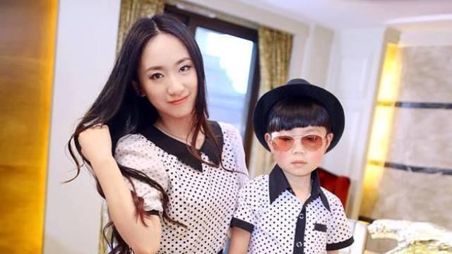 Foto Lucu Dan Menggemaskan Ibu Dan Anak Laki Lakinya Fashion Beauty Liputan6 Com
