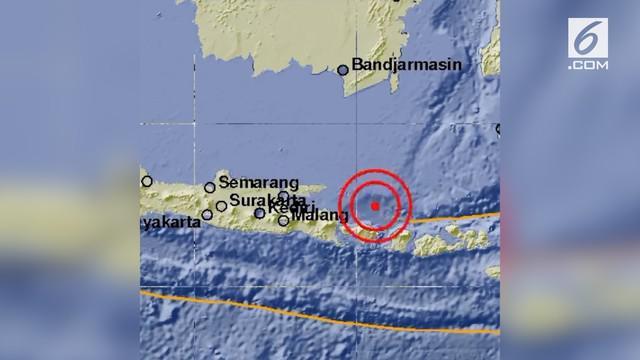 Getaran gempa bumi terasa di Bali. Gempa tersebut berkekuatan 5,8 skala Richter (SR).