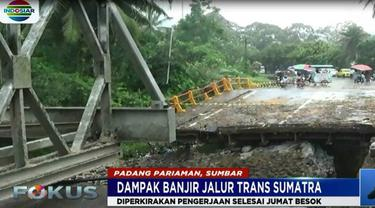 Pemerintah Provinsi Sumatra Barat menargetkan pemasangan jembatan darurat akan selesai pada Jumat besok.