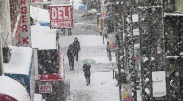 Saat Kota New York Kembali Dilanda Badai Salju