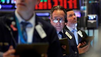 Wall Street Bervariasi Imbas Kenaikan Imbal Hasil Obligasi AS