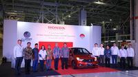 Honda Brio buatan Karawang resmi melancong ke luar negeri (Arief/Liputan6.com