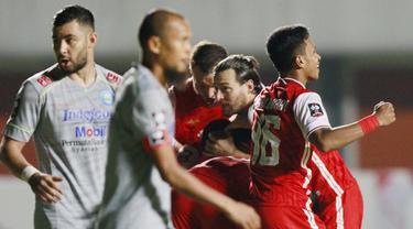 FOTO:  2 Gol Persija Bikin Persib Keok di Paruh Waktu Final Leg Pertama Piala Menpora