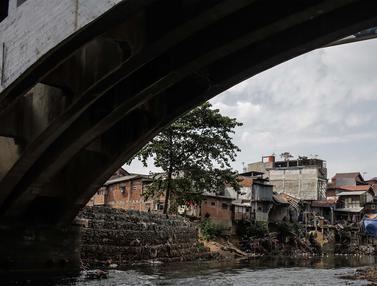 Normalisasi Sungai Ciliwung Ditargetkan Berjalan pada 2020