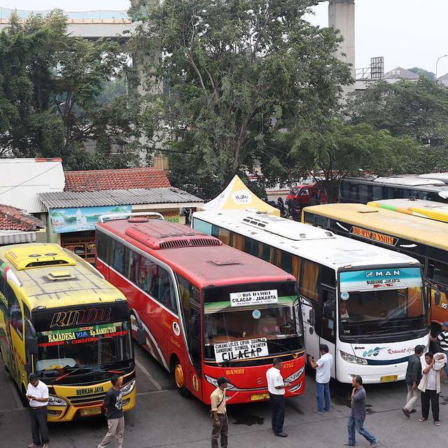 Harga Tiket Pesawat Mahal Menhub Akan Operasikan Bus Lebih Banyak Saat Lebaran Bisnis Liputan6 Com
